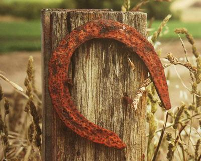 Objet porte bonheur - le fer à cheval pour attirer la fortune et réaliser un voeu