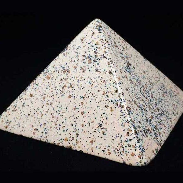 Achat pyramide - pyramide énergétique en céramique Ivoire Moucheté