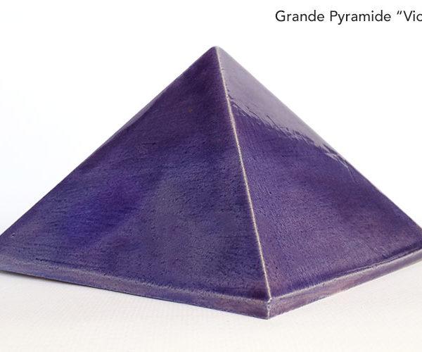 Pyramide énergétique en céramique - Violet