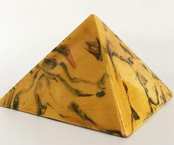 Achat pyramide souhaits - pyramide énergétique en céramique (côté 9 cm) - Nerikomi MIEL