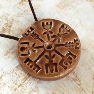 amulette de protection vegvisir viking pour le voyage