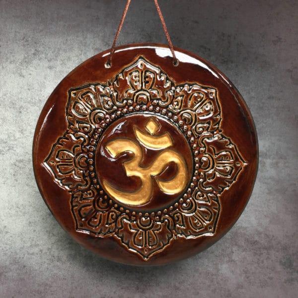 symbole bouddhiste Om ou AUM représentation d'un symbole hidouiste et bouddhiste sacré