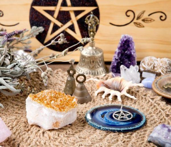 talisman magique ou amulette magique quelles différences